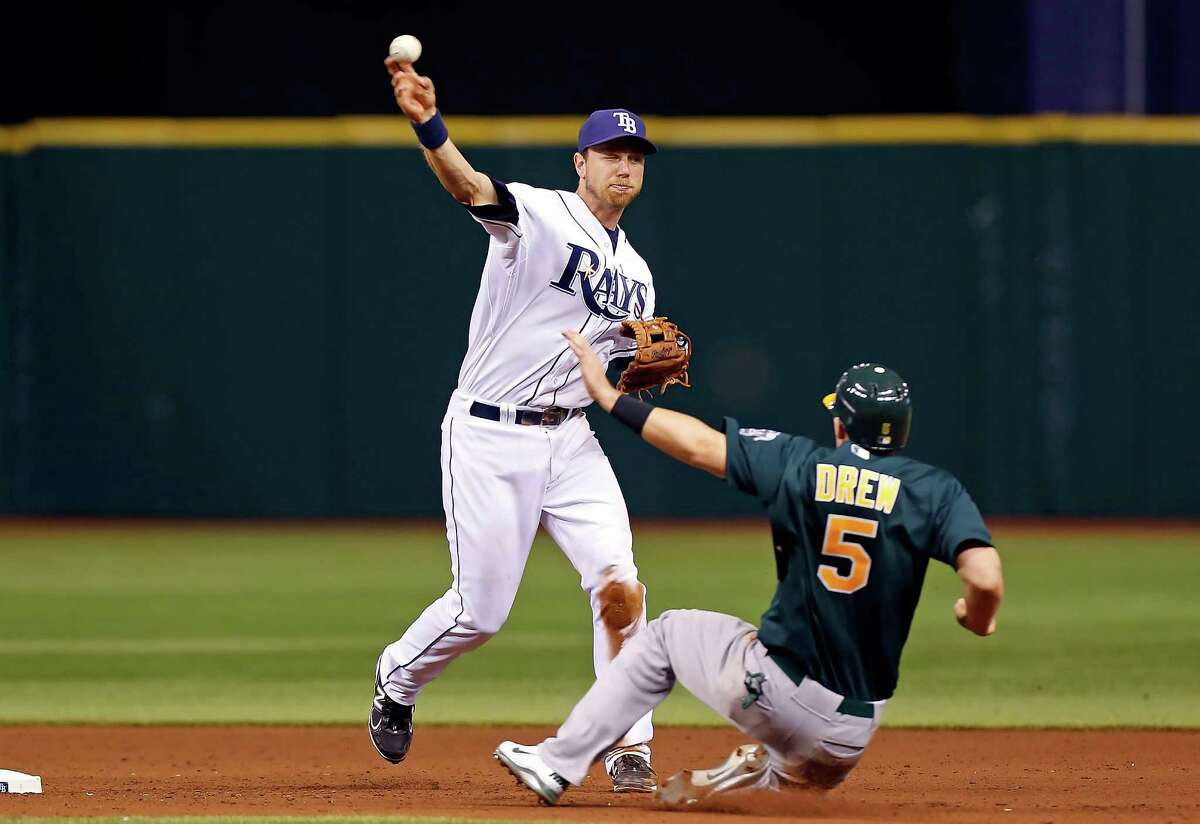 Ben Zobrist is pleased that he'll have familiar double-play partner Yunel Escobar.