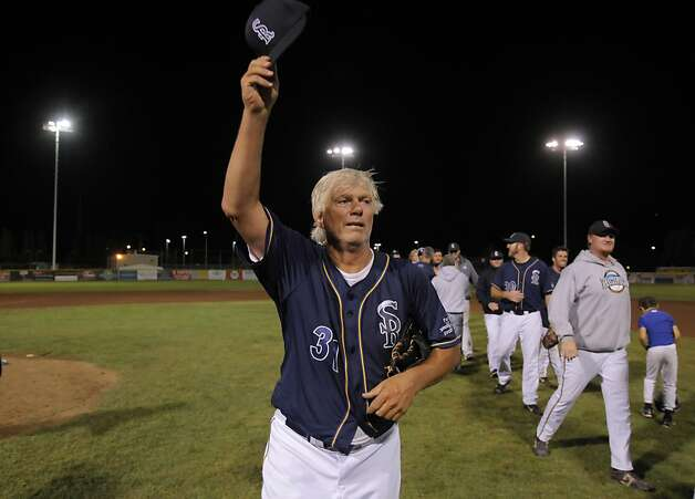 "Bill ""Spaceman"" Lee acknowledges the crowd after defeating Maui's Na Koa Ikaika at Albert Park in San Rafael, Calif., on Thursday, August 23, 2012. At 65, Bill ""Spaceman"" Lee became the oldest man to win a professional baseball game when he pitched a complete game on Thursday for the San Rafael Pacifics. Photo: Carlos Avila Gonzalez, The Chronicle"
