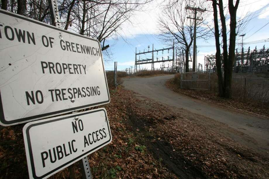 The entrance to the Cos Cob power station on Sound Shore Drive. Photo: David Ames / Greenwich Time