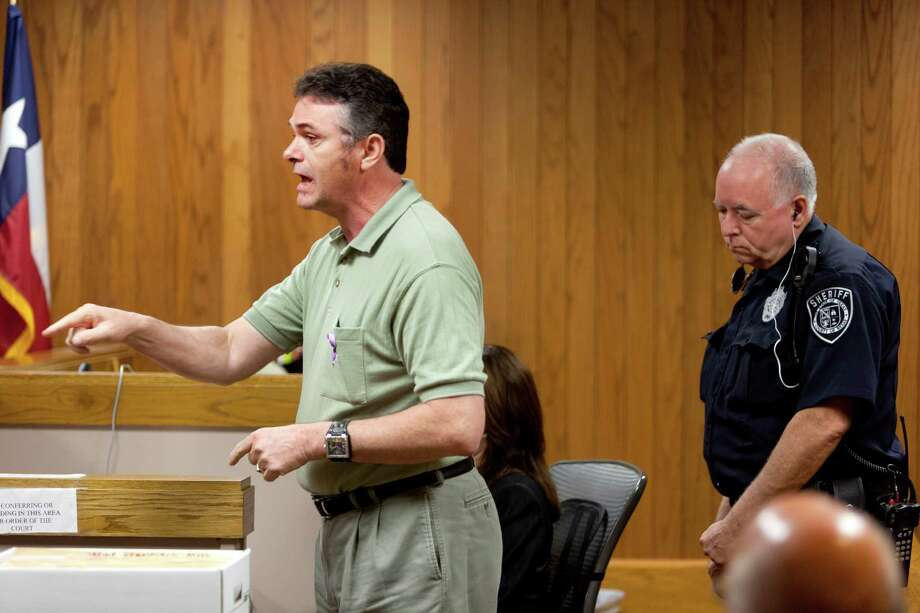 Charles Pitts speaks Friday morning Aug. 23, 2012 in Judge Melisa Skinner's 290th State District Court as he addresses his daughter's killer, Lorenzo Leroy Thompson, 23, during a victim impact statement after Thompson was given life in prison without parole for the death of Vanessa Marie Pitts, 25. Photo: William Luther, San Antonio Express-News / © 2012 San Antonio Express-News