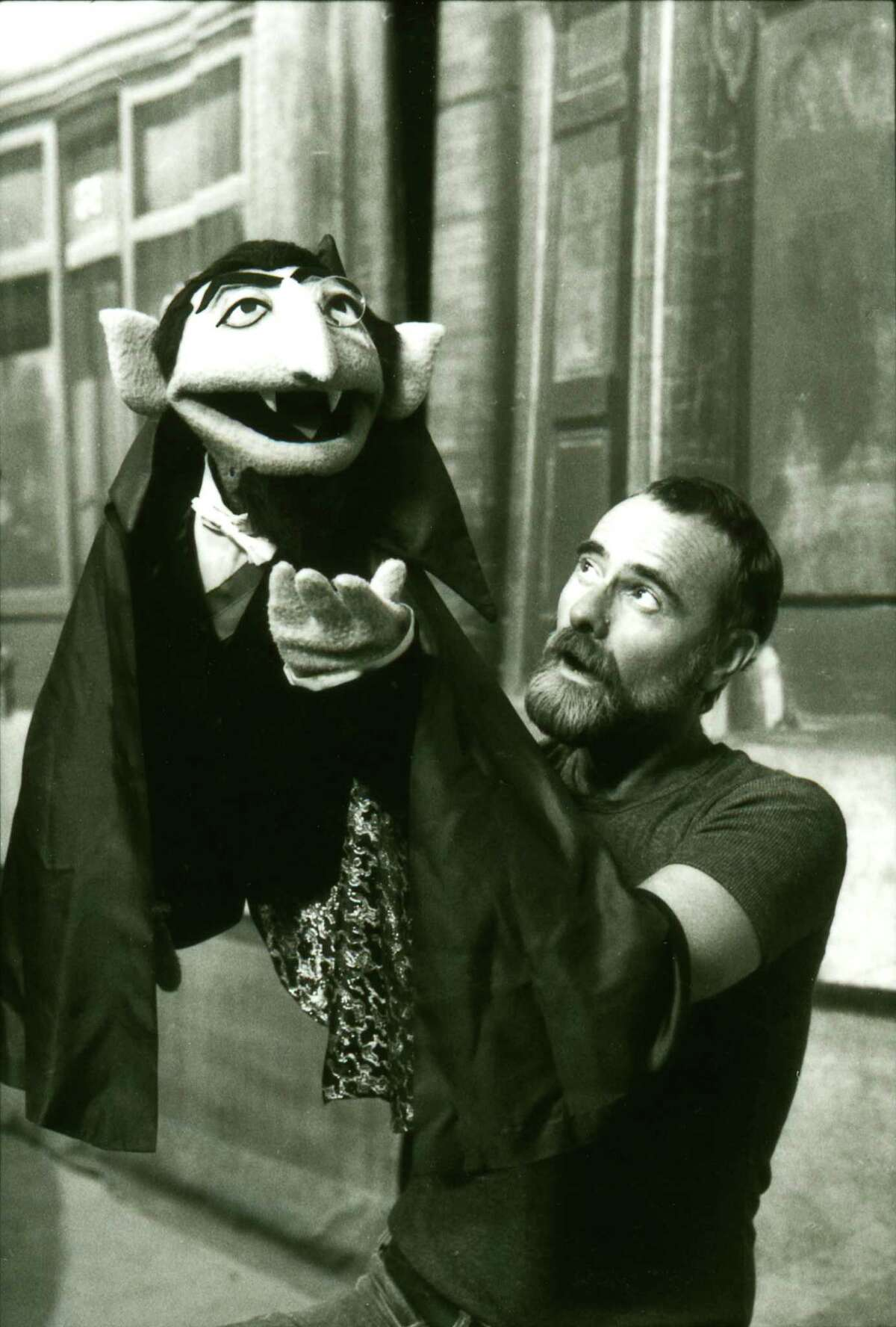 Puppeteer Jerry Nelson performs as Count von Count for PBS'