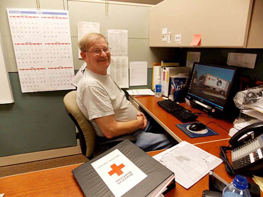 Alan Hodges, a volunteer with the American Red Cross Northeastern New York Chapter, will deploy to Tampa, Fla., to assist with the Red Cross preparedness and relief operations being established in anticipation of Hurricane Isaac. (ARCNENY photo)