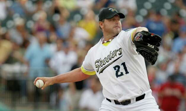 SUGAR LAND, TX- AUGUST 25:  Roger Clemens #21 of the Sugar Land Skeeters pitches in the first inning against the Camden Riversharks on August 25, 2012 at Constellation Field in Sugar Land, Texas. Photo: Thomas B. Shea, Getty Images / 2012 Getty Images