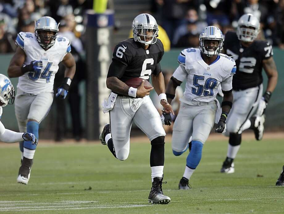 Terrelle Pryor, running 59 yards in preseason (above), is playing the role of Carolina's Cam Newton in practice to prepare the defense. Photo: Ben Margot, Associated Press