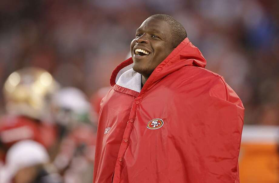 San Francisco 49ers running back Frank Gore laughs on the sideline during the second half of an NFL preseason football game against the Minnesota Vikings in San Francisco, Friday, Aug. 10, 2012. (AP Photo/Paul Sakuma) Photo: Paul Sakuma, Associated Press