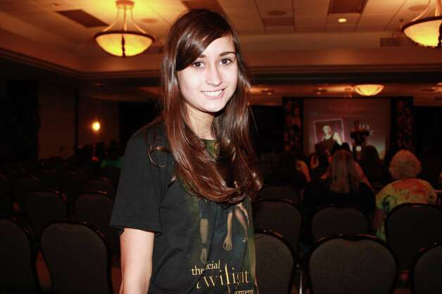Fans of the 'Twilight' saga attend the Official Twilight Convention at the Doubletree San Antonio Airport hotel on Sunday, Aug. 26, 2012. Photo: Yvonne Zamora, MySA.com