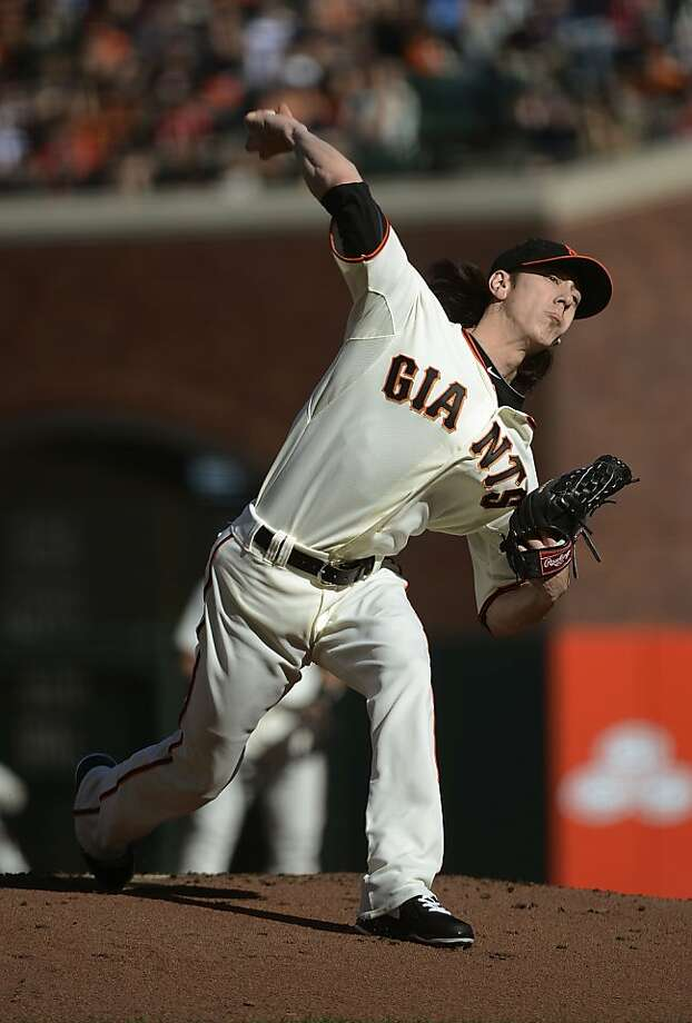 Tim Lincecum #55 of the San Francisco Giants pitches against the Atlanta Braves at AT&T Park on August 26, 2012 in San Francisco, California.  (Photo by Thearon W. Henderson/Getty Images) Photo: Thearon W. Henderson, Getty Images