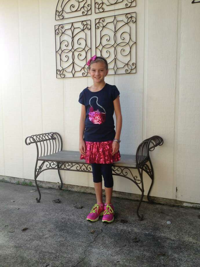 Back to School: Fourth-grader Rylee is bringing the sparkle to Port Neches. Photo submitted by Sharron G. Photo: Provided