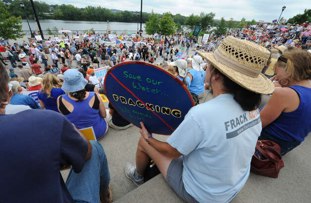 Hundreds of people show up for an anti-fracking rally Monday at the Corning Preserve in Albany. (Lori Van Buren / Times Union) Photo: Lori Van Buren
