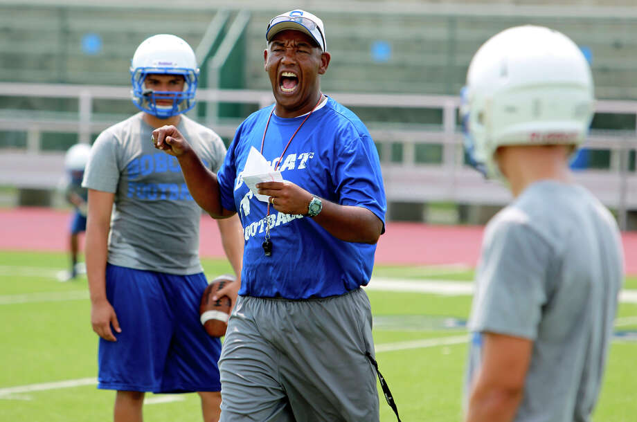South San Bobcats go through drills under new head coach Marcus Booker  on August 22, 2012. Photo: Tom Reel, San Antonio Express-News / ©2012 San Antono Express-News