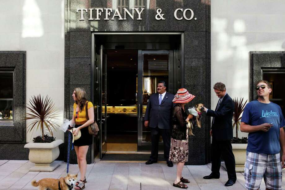 Tiffany & Co. has one of its locations on Rodeo Drive in Beverly Hills, Calif. The jewelry store chain says the wealthy are cutting  back on their purchases. Photo: Patrick Fallon / © 2012 Bloomberg Finance LP