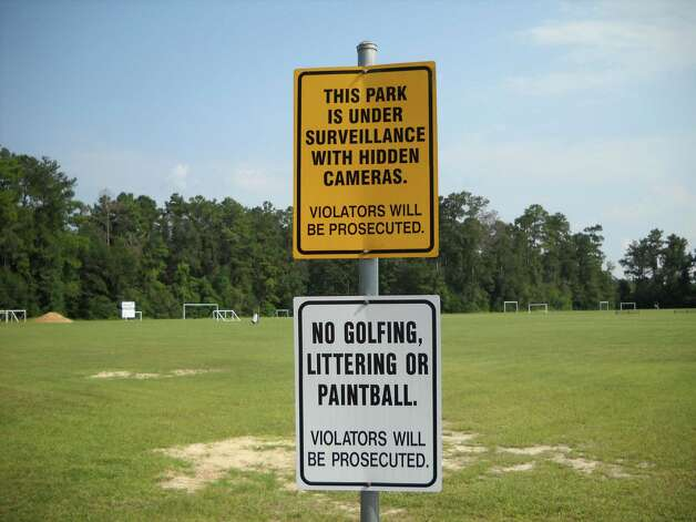 Signs at Veterans Memorial Park welcoming you and showing some of the rules for utilizing the area. Photo: Jeff Reedy