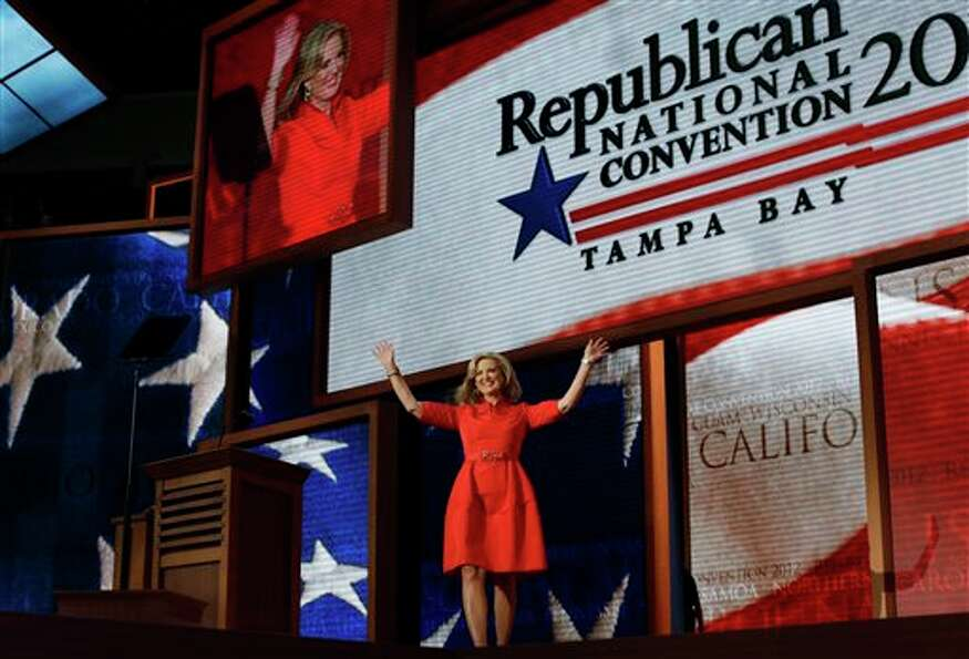 Ann Romney, wife of U.S. Republican presidential nominee Mitt Romney, waves as she walks up to the p
