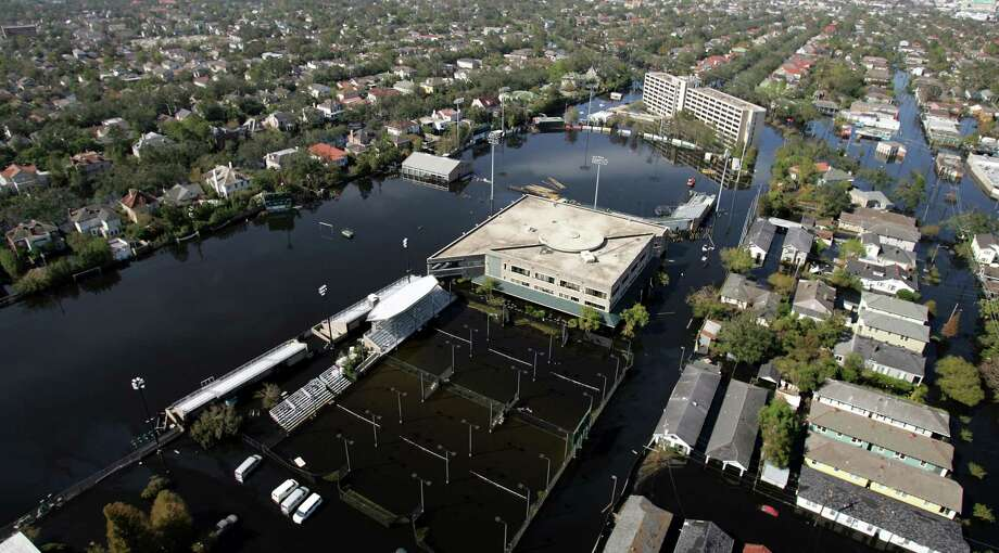 The Tulane University campus is covered by floodwaters from Hurricane Katrina Wednesday, Sept. 7, 2005 in New Orleans. Photo: DAVID J. PHILLIP, AP / AP POOL