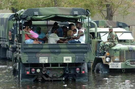 New Orleans aftermath of Hurricane Katrina Wednesday,  Aug. 31, 2005. (Melissa Phillip / Chronicle) Photo: MELISSA PHILLIP, HOUSTON CHRONICLE / HOUSTON CHRONICLE