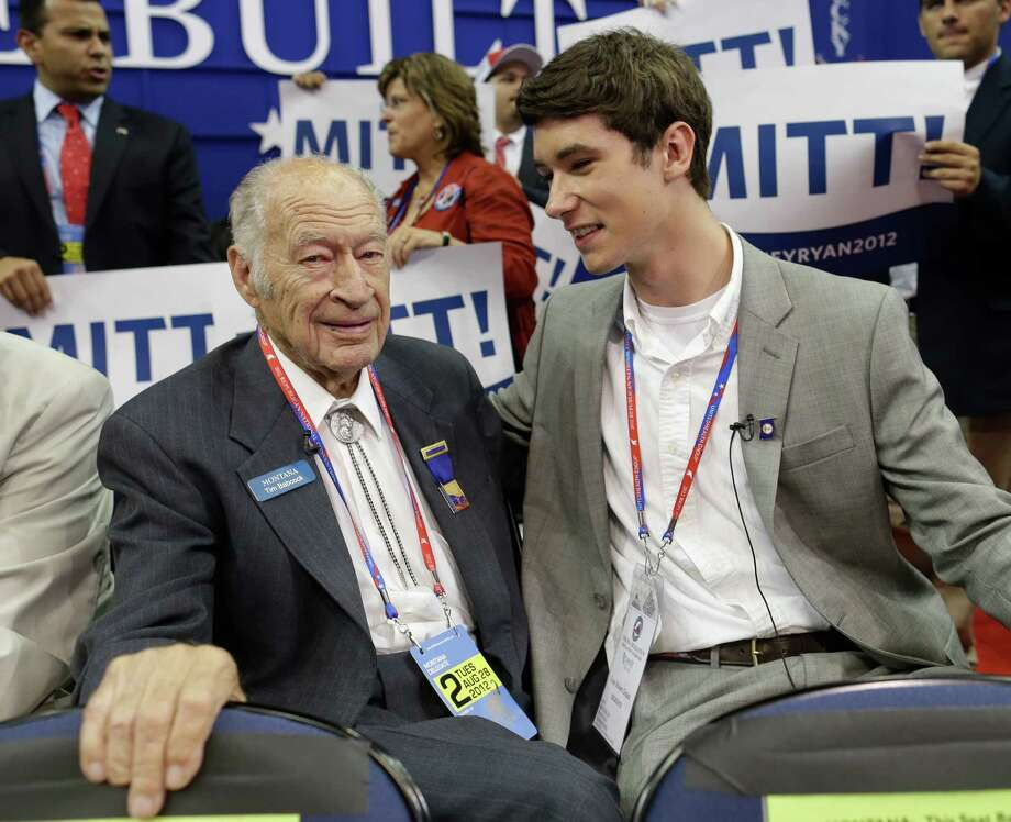 The oldest delegate, former Montana Gov. Tim Babcock, 93, and the youngest delegate, 17-year-old Evan Robert Draim, found plenty to agree on in Tampa, Fla. Photo: Charles Dharapak / AP