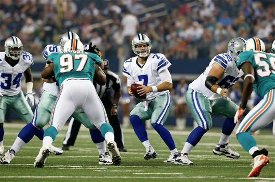 Dallas Cowboys quarterback Stephen McGee (7) drops back at the line of scrimmage in the first half of a preseason NFL football game against the Miami Dolphins  Wednesday, Aug. 29, 2012, in Arlington, Texas. (AP Photo/Sharon Ellman) Photo: Sharon Ellman, Associated Press / FR170032 AP