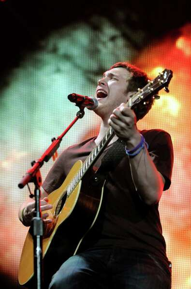 Phillip Phillips during the