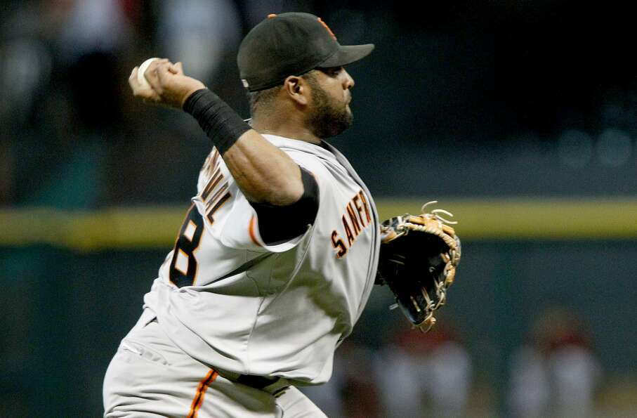 Pablo Sandoval #48 of the Giants fields the ball against the Astros. (Thomas B. Shea / Getty Imag