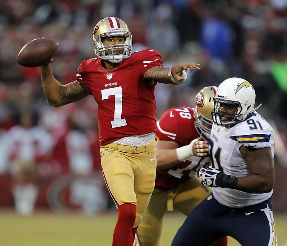 Colin Kaepernick is still Alex Smith's backup, but looked game-ready while hitting 12 of 18 passes for 158 yards. Photo: Carlos Avila Gonzalez, The Chronicle
