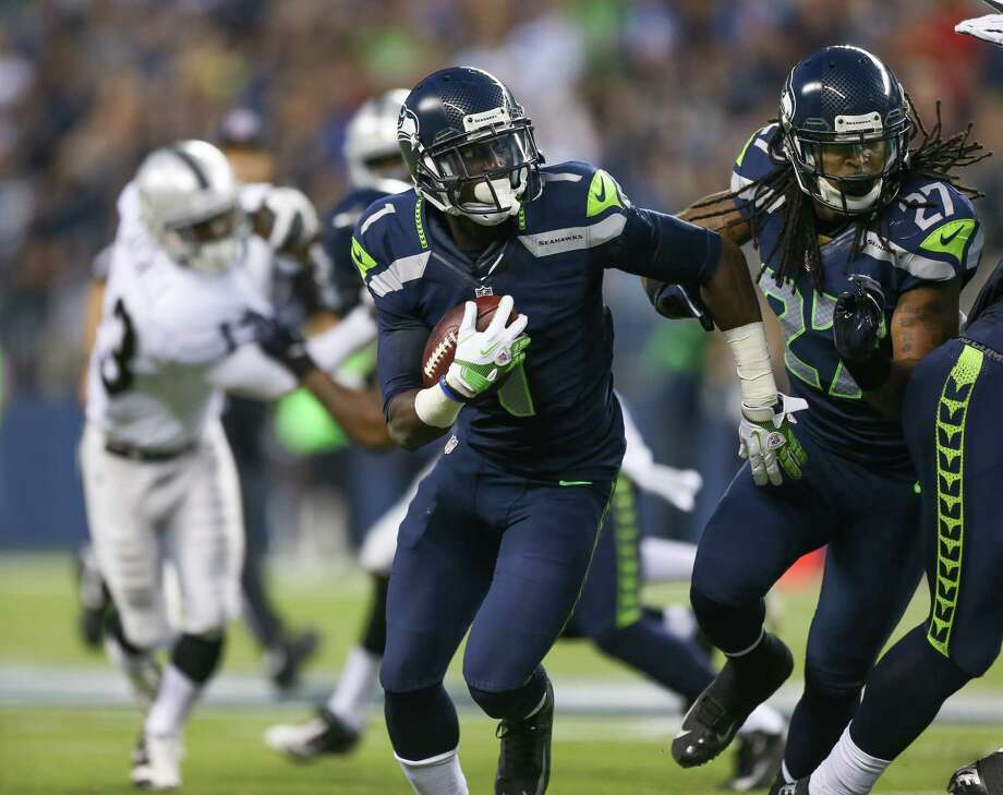 Jeremy Lane #1 of the Seattle Seahawks returns an interception against the Oakland Raiders at CenturyLink Field on August 30, 2012 in Seattle, Washington. Photo: Otto Greule Jr, Getty Images / 2012 Getty Images
