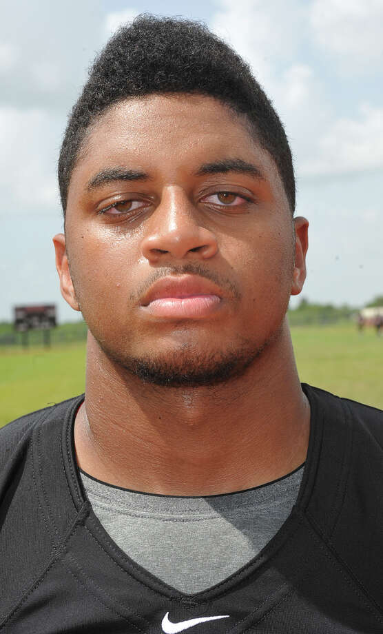 Port Arthur Memorial High School football player Matthew Romar.  Dave Ryan/The Enterprise Photo: Dave Ryan