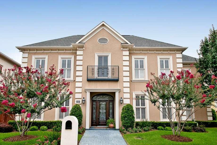 1131 Bayou Island Drive| Greenwood King Properties | Agent: Clint Simpson | 713-914-8781 | Photo: GKP