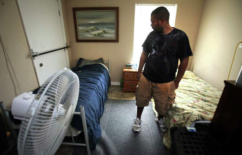 The compliance process for boarding houses in San Antonio is moving too slowly. Photo: Bob Owen, San Antonio Express-News / © 2012 San Antonio Express-News