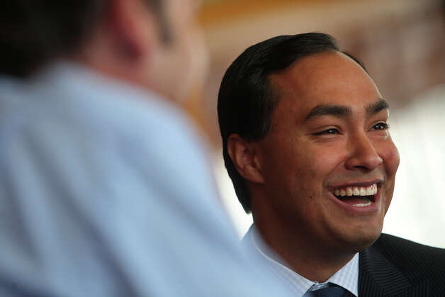 Joaquín Castro laughs during a interview with CBS News. Photo: Lisa Krantz, San Antonio Express-News / San Antonio Express-News