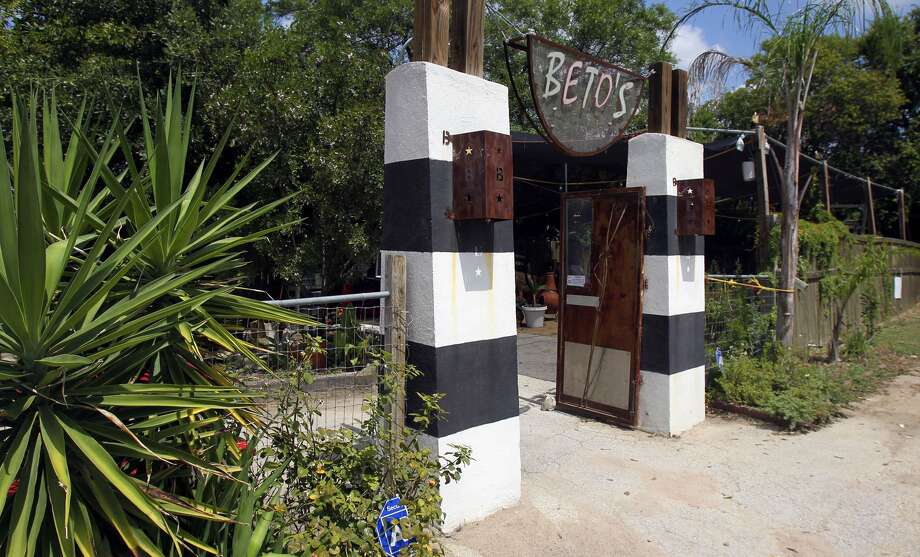 "Beto's Comida Latina on Broadway has a back patio area for kids to play at while parents dine. The restaurant was featured in the ""Latin Street Food"" episode of ""Diners, Drive-Ins and Dives."""