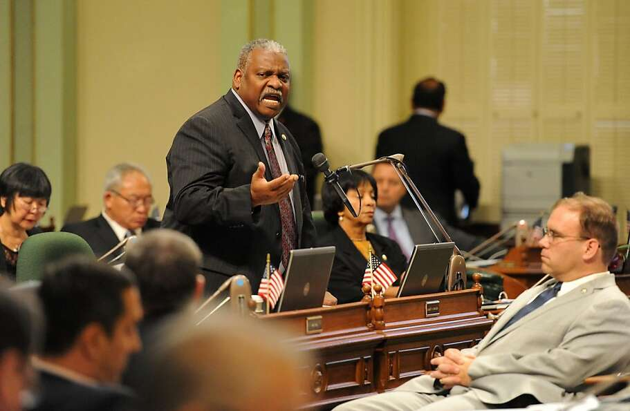 Sandré Swanson, D-Alameda, speaks in August in the Assembly, where he was first elected in 2006.