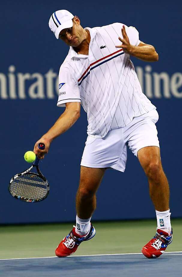 Andy Roddick sported some All-American shoes during an impressive win over Bernard Tomic. Photo: Elsa, Getty Images