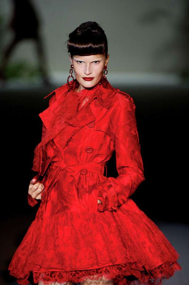A model walks the runway in the Roberto Verino fashion show. Photo: Carlos Alvarez, Getty Images / 2012 Getty Images