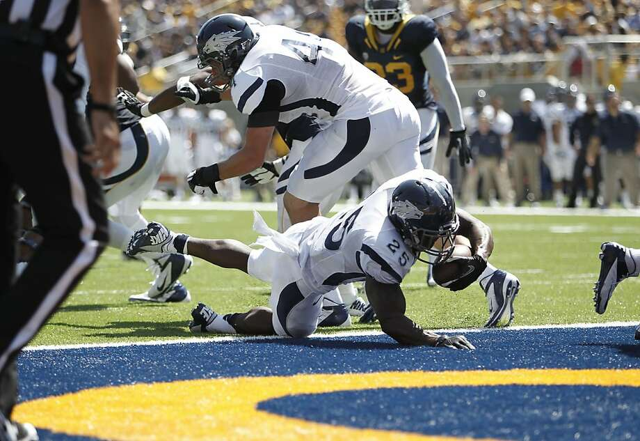 Nevada's Stefphon Jerrerson, (25) into the end zone on a 2 yard run in the third quarter, as the California Bears lose to the University of Nevada 31-24 at  the newly renovated Memorial Stadium on Saturday September 1, 2012, in Berkeley, Calif. Photo: Michael Macor, The Chronicle