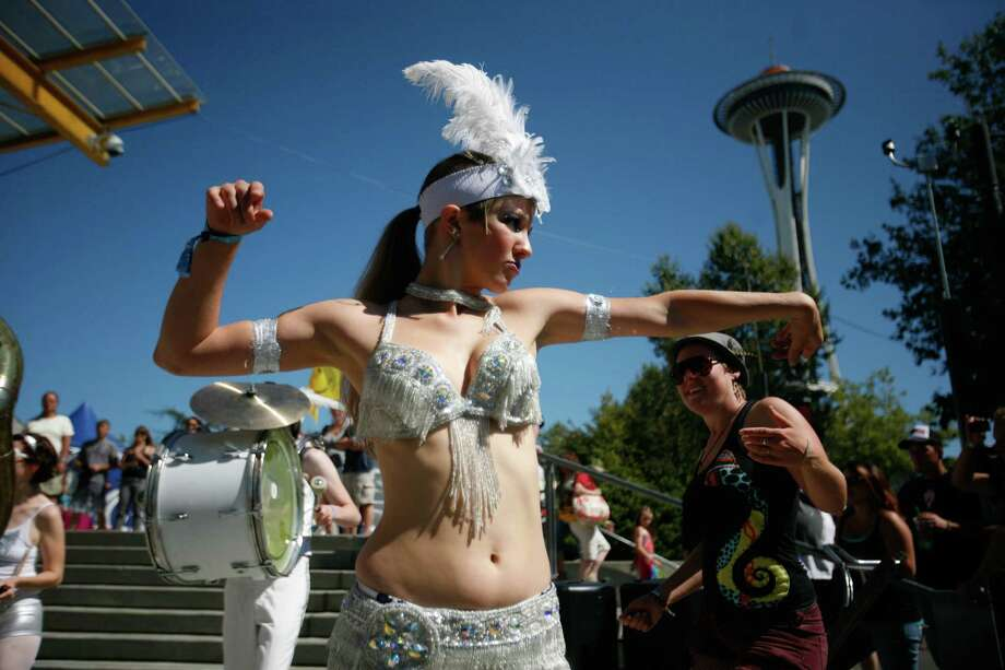 Karolina Lux of the LoveBomb Go-Goa marching band performs. Photo: Sofia Jaramillo / SEATTLEPI.COM