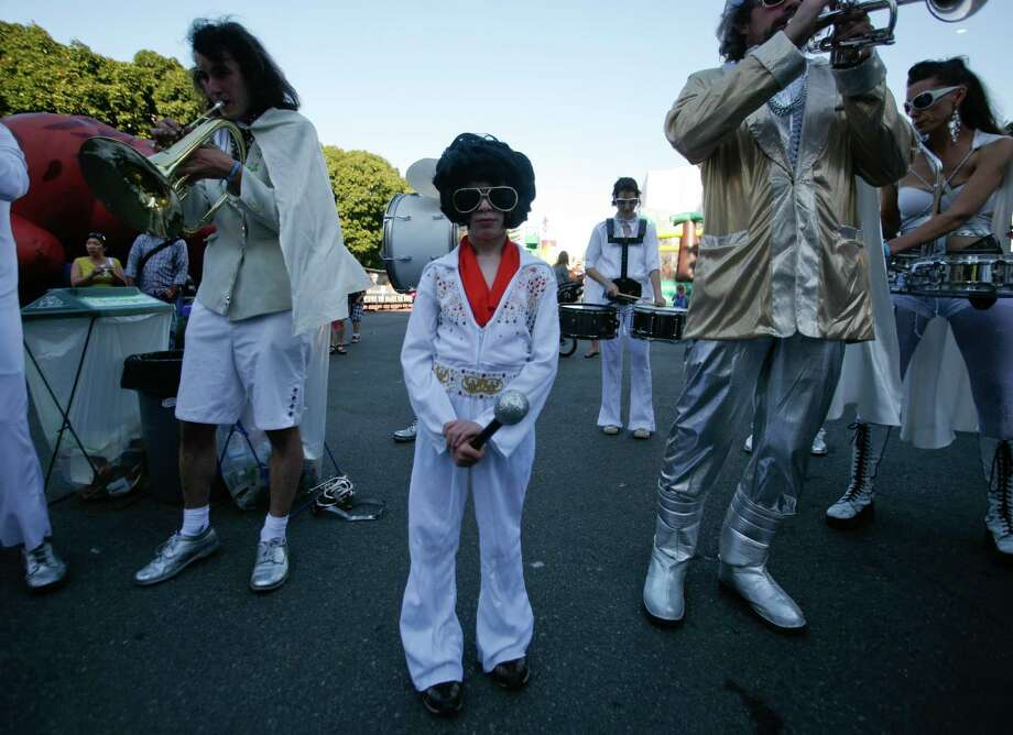 Zachary Mauer, 7, performs in an Elvis marching band. Photo: Sofia Jaramillo / SEATTLEPI.COM