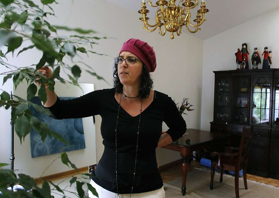 Dana-Lee Smirin may have to leave the home she has rented since 2008 after the landlady doubled her monthly rent to $6,000 in what Smirin says is an attempt to force her out. Photo: Paul Chinn, The Chronicle