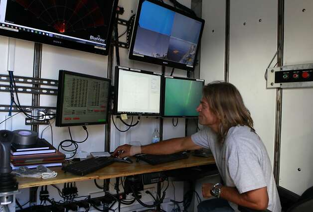 Tony Lawson operates a submersible ROV for a seismic study at the bottom of Lake Tahoe near Tahoe City, Calif. on Wednesday, Aug. 29, 2012. Photo: Paul Chinn, The Chronicle