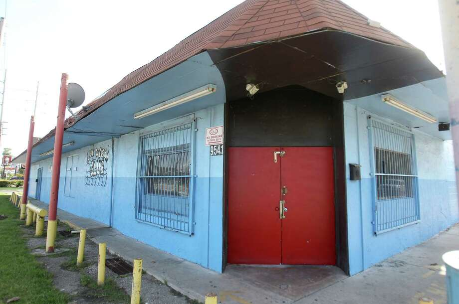 Club I.C.U at 9541 Mesa Drive, Sunday, Sept. 2, 2012, in Houston, where three people were shot  about 2 a.m. Sunday morning, as a bystander was killed trying to break up the fight, when someone fired shots into the crowd of people. Photo: Karen Warren, Houston Chronicle / © 2012  Houston Chronicle