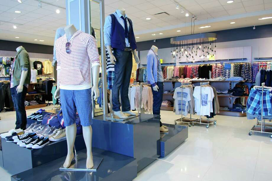 Forever 21 will open a two-level store in the former Borders space. Photo: Kim Christensen / Freelance
