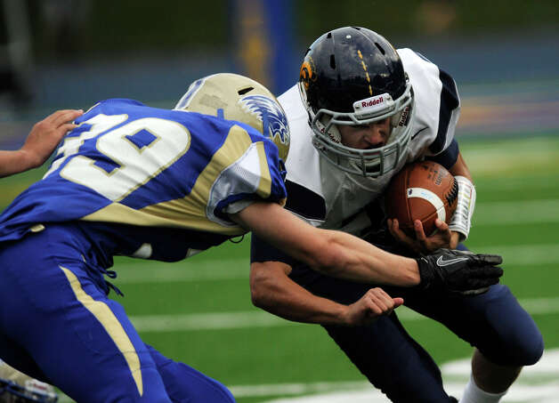 FALL PREVIEW Weston football looks to build despite ...