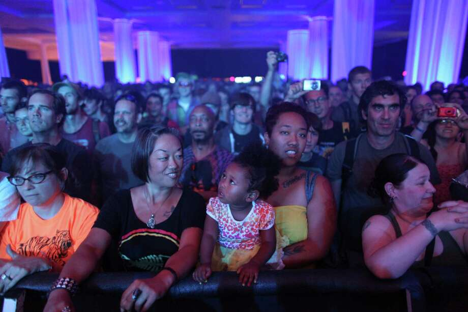 Fans listen to the group Fishbone in the Exhibition Hall. Photo: JOSHUA TRUJILLO / SEATTLEPI.COM
