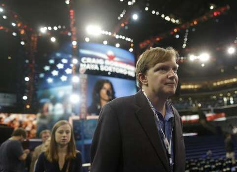 "Jim Messina, former campaign manager for President Barack Obama: ""Here's to suddenly loving the Texas legal process: Rick Perry indicted,"" Messina tweeted.Pictured, President Barack Obama's  campaign manager Jim Messina tours the floor at the Democratic National Convention in Charlotte, N.C., on Monday, Sept. 3, 2012. (AP Photo/Charles Dharapak) (Charles Dharapak / Associated Press)"