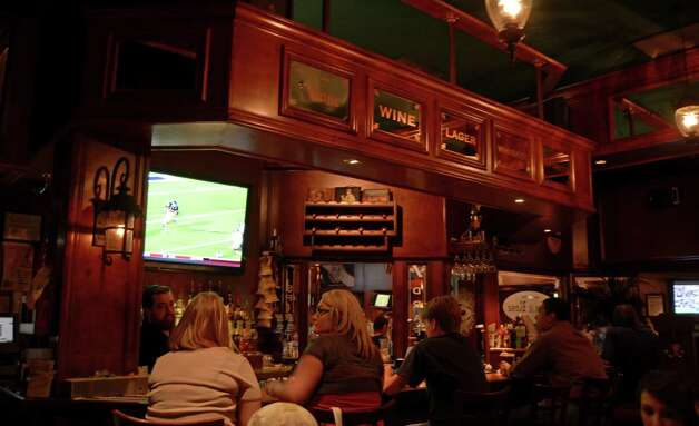 Lion and Rose Pub offers high-quality eats in a sports' bar atmosphere with friendly bartenders in a two-bar setup. Robin Johnson