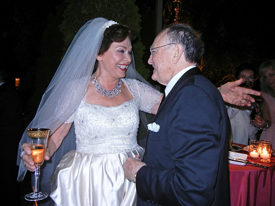 Maria manetti farrow wedding