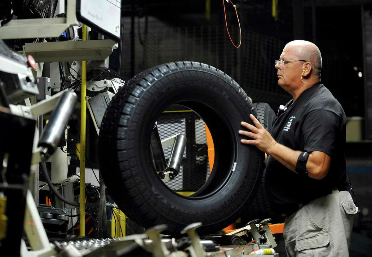 ALABAMA: Tire Builders Number employed: 2,040 Employment per 1,000 workers: 1.06