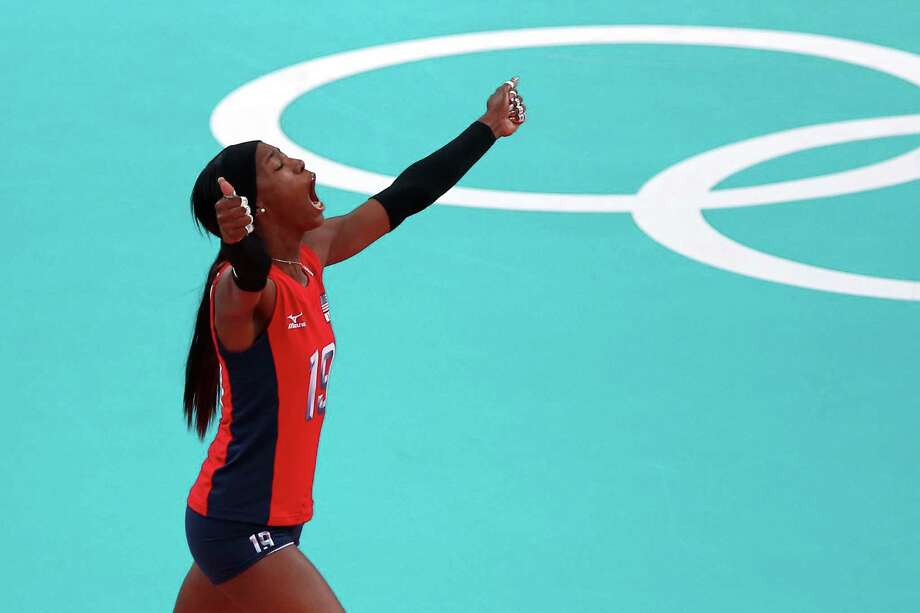 Destinee Hooker #19 of United States celebrates after a point against Korea during the Women's Volleyball semifinal match on Day 13 of the London 2012 Olympics Games at Earls Court on August 9, 2012 in London, England. Photo: Elsa, Getty Images / Getty Images Europe