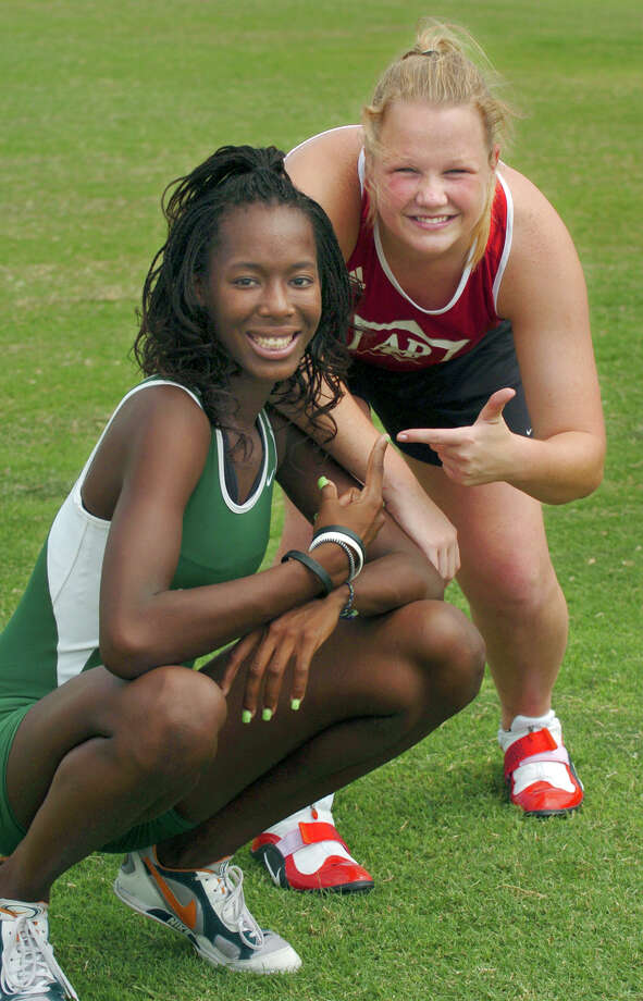 Express-News All Area Field Girls Co-athletes of the Year are Destinee Hooker (left) of Southwest and Christian Mueller of Antonian. June 8, 2005. Photo: KEVIN GEIL, San Antonio Express-News File Photo / SAN ANTONIO EXPRESS-NEWS