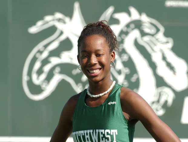 Southwest's Destinee Hooker is one of the top returning track standouts in the area. Feb. 23, 2004. Photo: ROBERT MCLEROY, San Antonio Express-News File Photo / SAN ANTONIO EXPRESS-NEWS