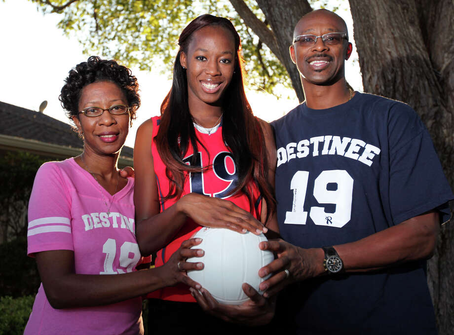 Portrait of Marvetta (left) and Ricky Hooker with their daughter Destinee Hooker Sunday, Oct. 16, 2011. Photo: EDWARD A. ORNELAS, San Antonio Express-News / eaornelas@express-news.net